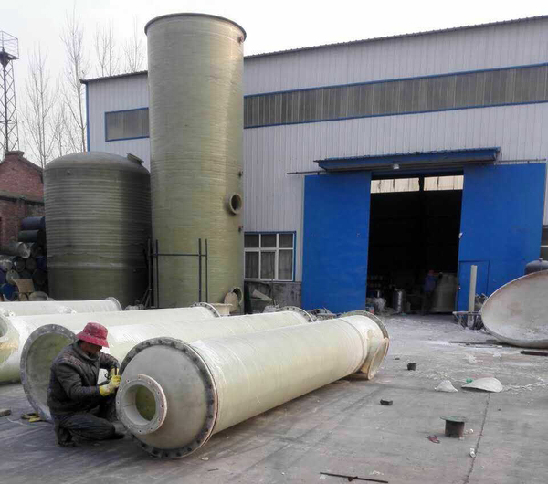 Ammonia absorption tower of a chemical plant in Xinxiang delivered smoothly
