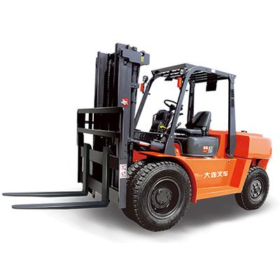 大连叉车-均衡重式内燃叉车D系列