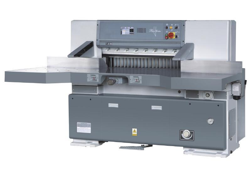 数显切纸机被转换为程控切纸机