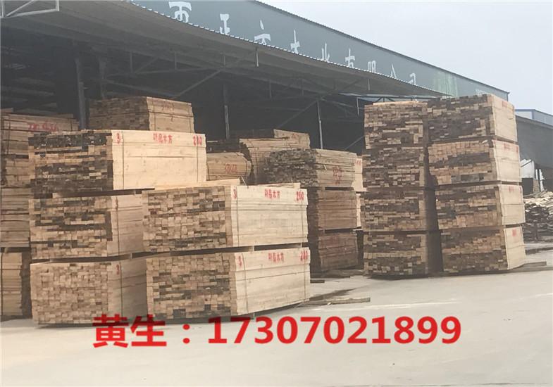 武汉木材加工厂专注生产辐射松建筑木方