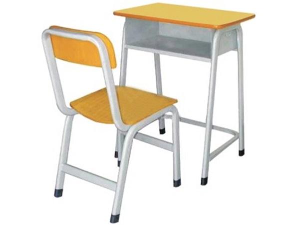 课桌椅04