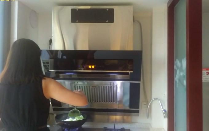 内循环油烟机开放式厨房操作演示
