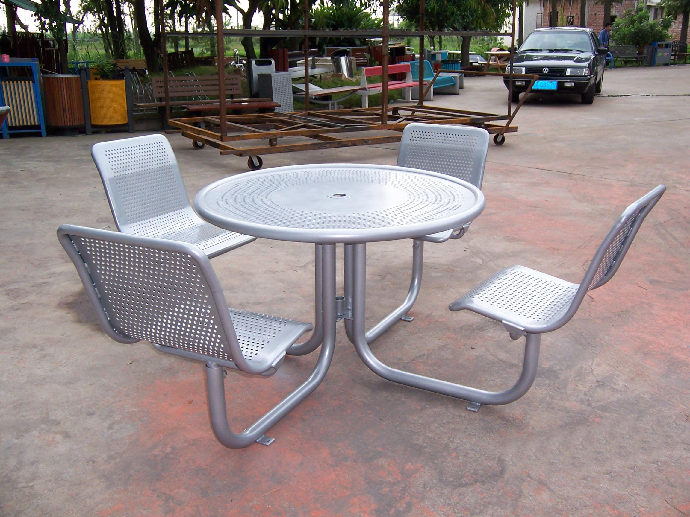 鋼結構組合桌椅01