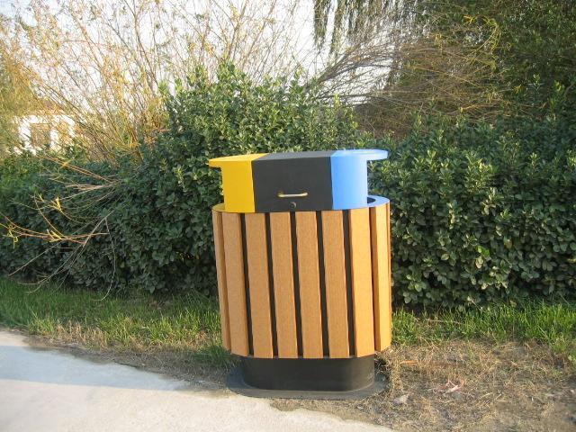 塑膠木垃圾桶XB5-005