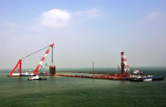 港珠澳大桥施工项目