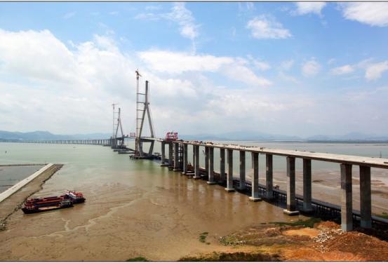 厦漳大桥施工项目