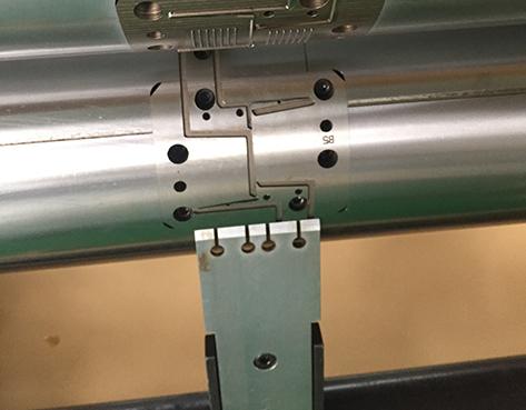 圓壓圓模切刀具