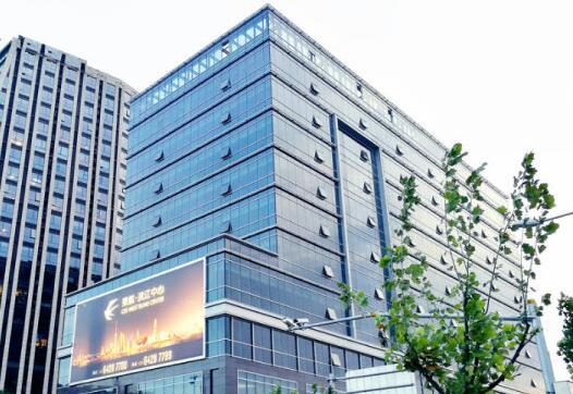 东航滨江中心