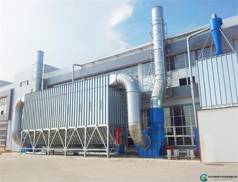 惠州132*2kw238000风量家具粉尘脉冲布袋除尘器安装调试完成运行中