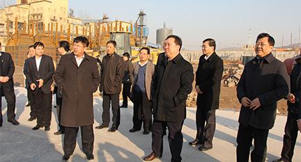 淄博前市委书记王浩参观