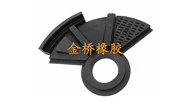 球磨機橡膠襯板