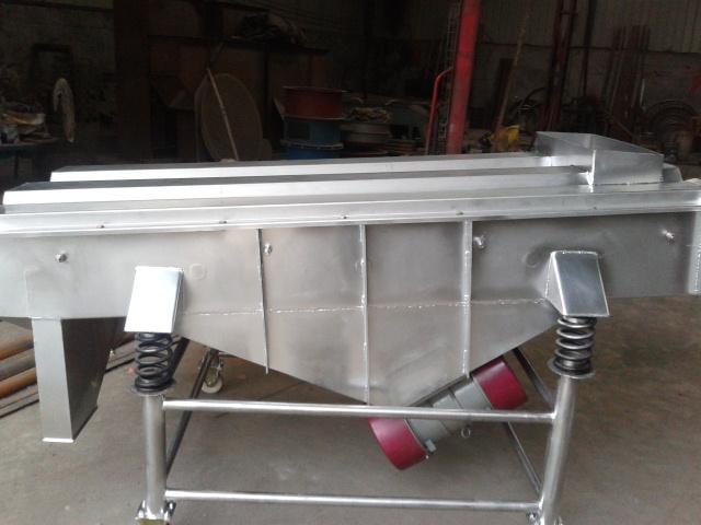 高卓长方形直线筛优点以及工厂作业特性