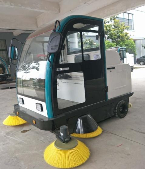 銀河國際購置蘭州清潔設備掃地機