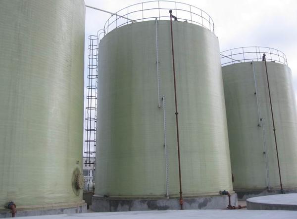 大型玻璃钢容器