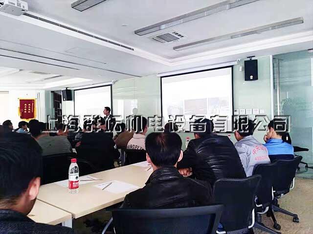上海群坛中央空调安装培训会顺利举行