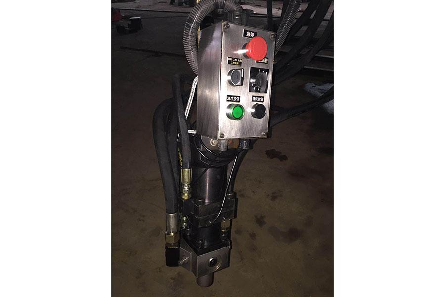 金龙高压发泡机主要特点