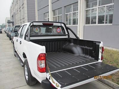 聚脲喷涂聚脲防水材料在皮卡车上的应用