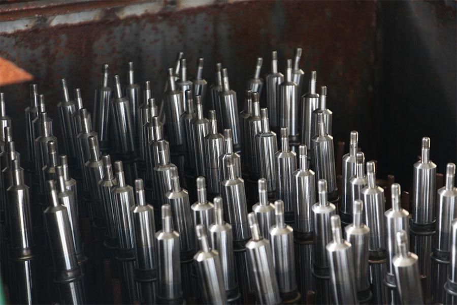 减震器生产车间储存