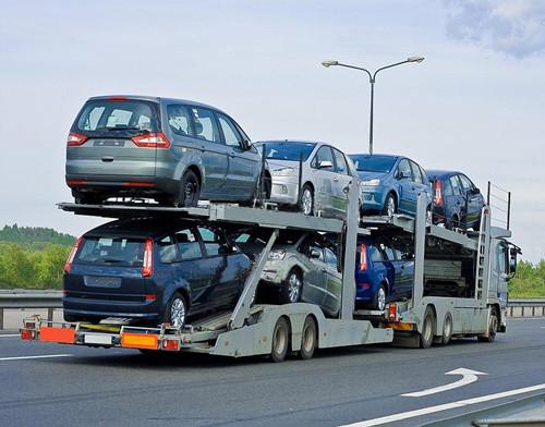 巡展车运输