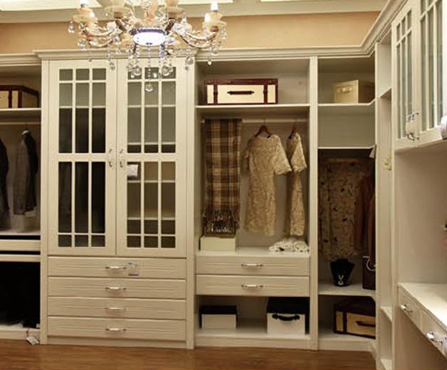 如何选购实用的全屋定制家具?