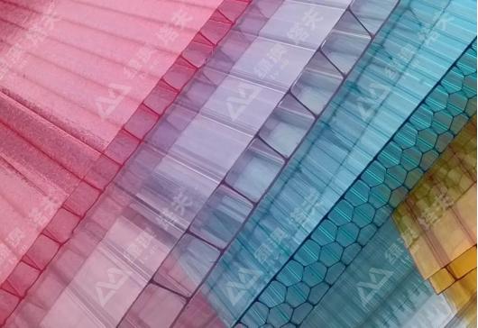 PC阳光板,PC板厂家--上海绿澳新材料科技有限公司