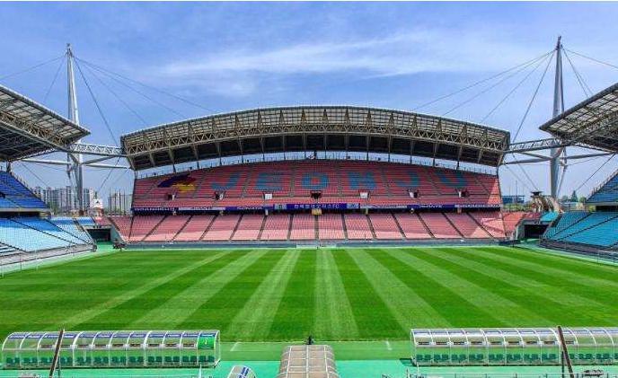 韩国全州2002年世界杯足球赛主场馆,PC板材厂家--上海绿澳新材料科技有限公司