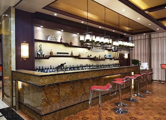 竹木纤维墙板装修酒吧案例