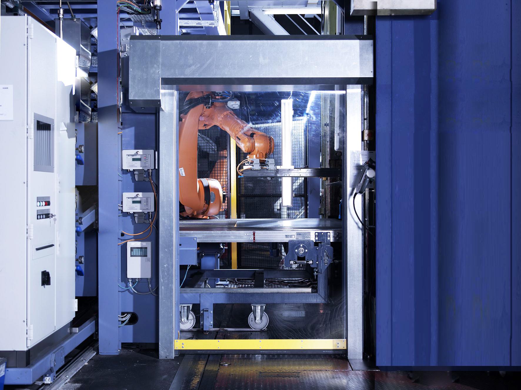 机器防护门
