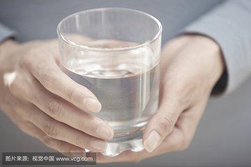 早上該怎么喝水?