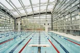 透明泳池顶