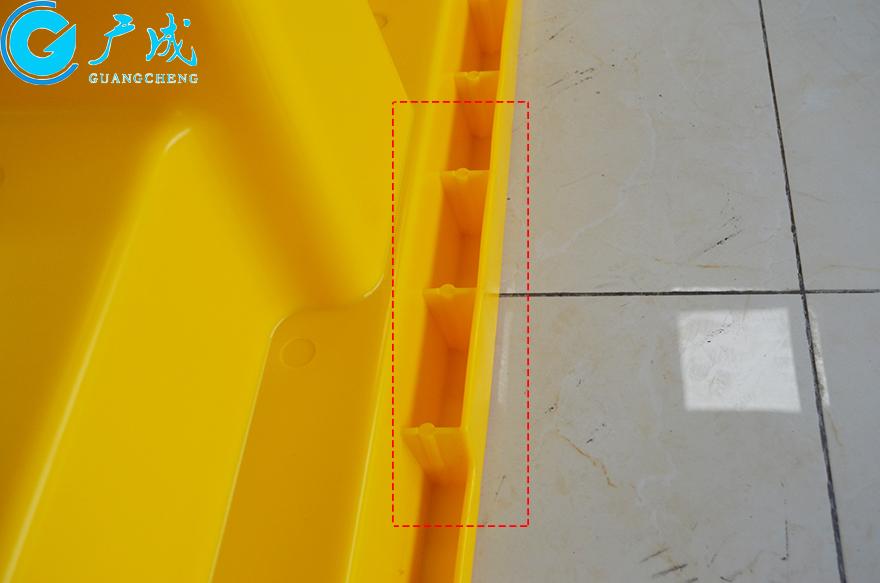 四桶装防漏托盘加厚细节