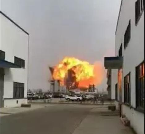 安全生产警钟长明-盐城化工厂爆炸已造成12人遇难 88人受伤