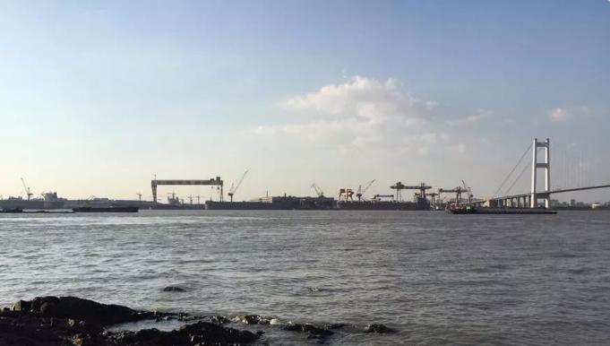 东方重工等7家船企合并破产