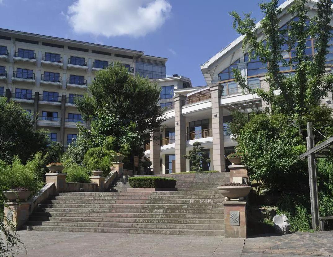 杭州青山湖畔大酒店
