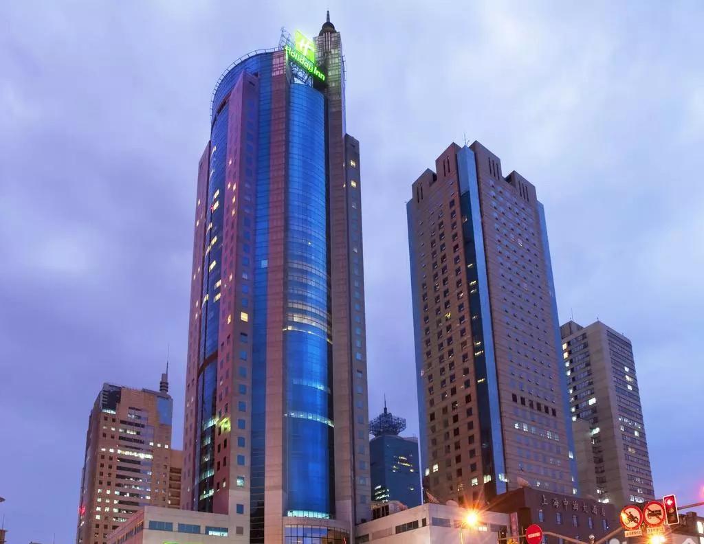 上海浦東假日酒店