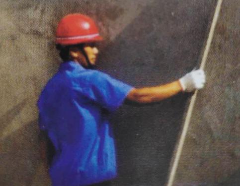 2.岩棉夹心板一体板-平整度检查