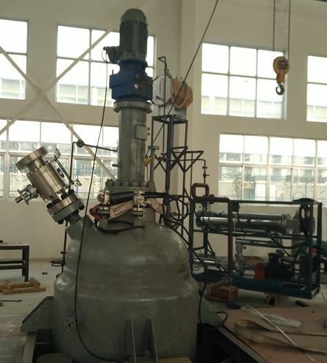 二氧化碳超临界釜式发泡装置