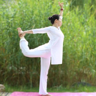 泰晟瑜伽兰兰老师