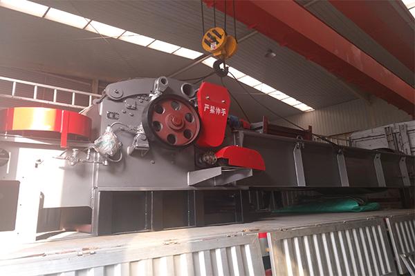 我公司成功发往江苏徐州zp1000四刀配重轮一台