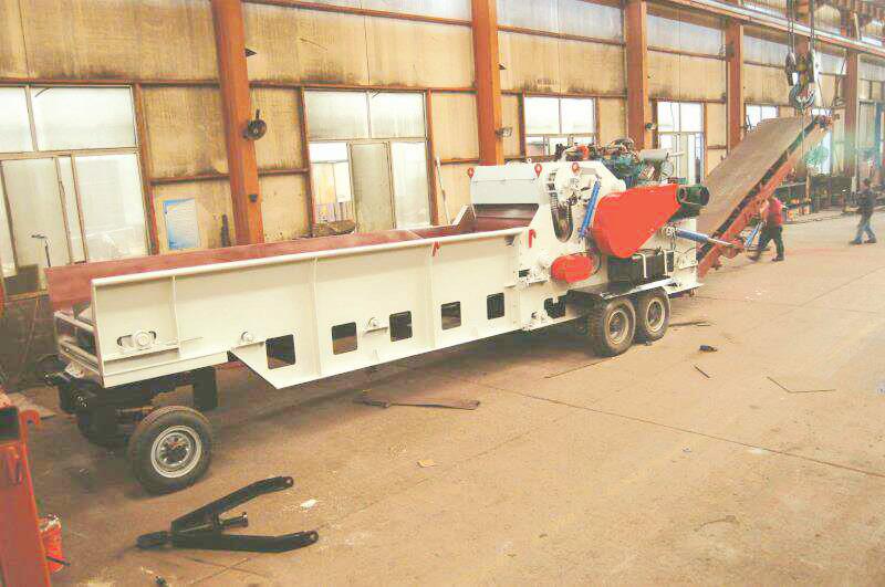 ZP1300-600移动式综合破碎机