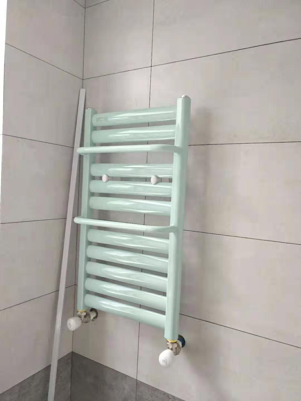 卫生间暖气片