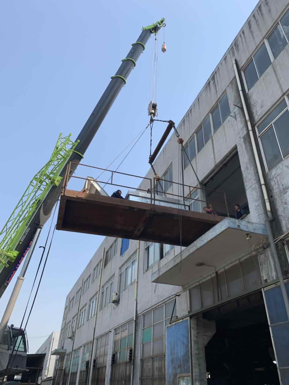 设备吊装上楼