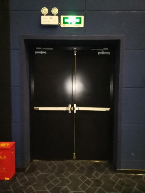 电影院门-3