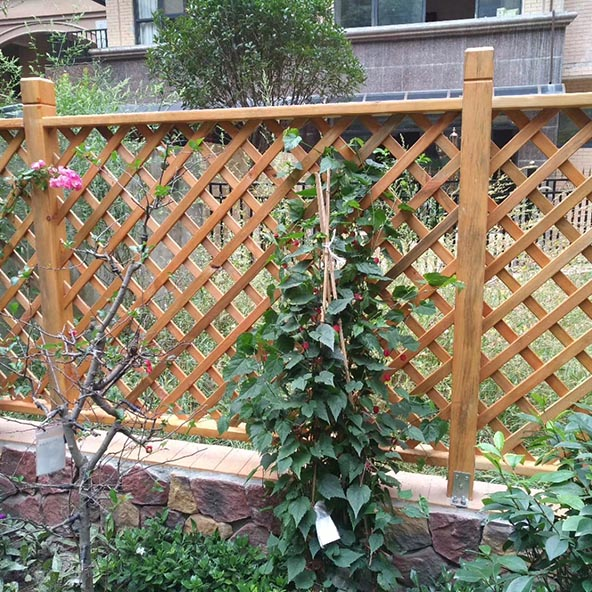 防腐木栅栏专业养护