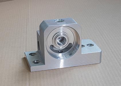 永翰带您了解铝合金低压铸造技术的特性