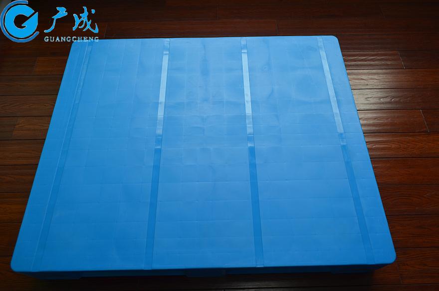 1210E焊接平板川字塑料托盘正面部