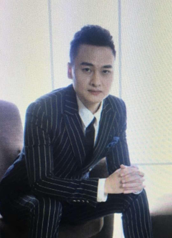 翁志稳   董事会成员兼CEO