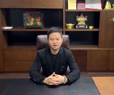 翁志少  董事会成员兼总经理