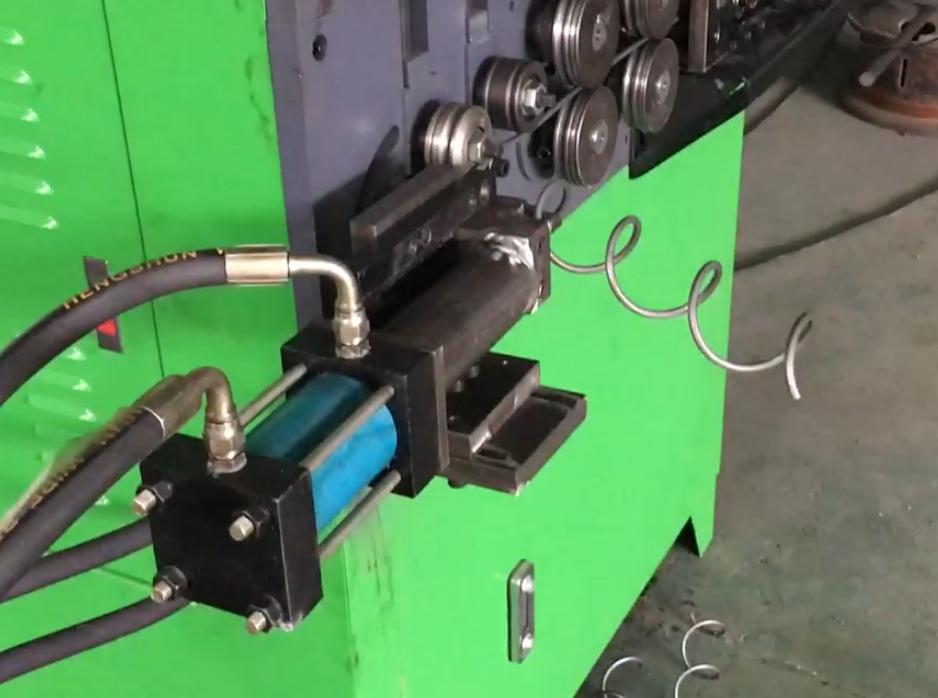 6mm弹簧机 旋转打圈机