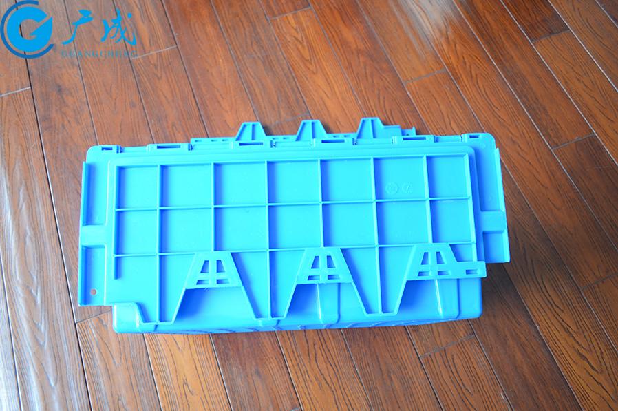 箱蓋采用加厚高強筋,用于加密處理,避免箱蓋變形,堆高承載性能增加